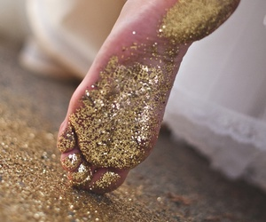 gold, pretty feet, and bxts image