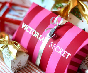 Victoria's Secret, pink, and gift image