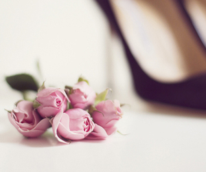 flowers, shoes, and pink image