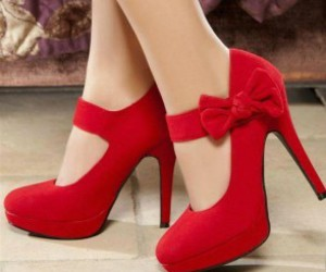 fashion, high heels, and romantic image