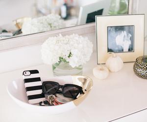 room, sunglasses, and flowers image