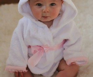 i want a baby like her image