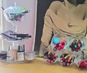 diy tray, diy mason jars, and makeup jars image