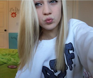 beautiful, duck face, and tumblrgirl image