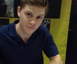evan peters, american horror story, and evan image
