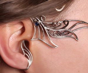 beauty, earrings, and frippery image