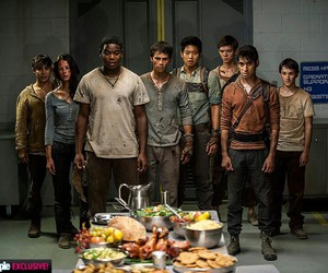tst, the maze runner, and maze runner image