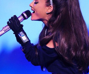 ariana, ariana grande, and honeymoon tour image