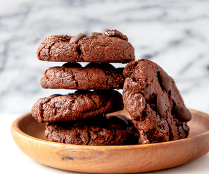 Cookies, chocolate, and dessert image