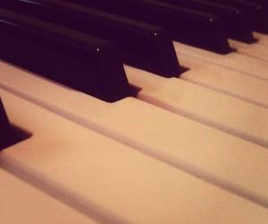 klavier, music, and musik image