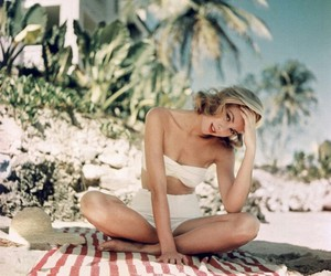 beach, vintage, and girls image