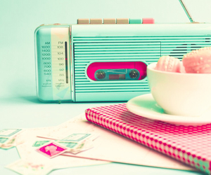 radio, vintage, and pink image