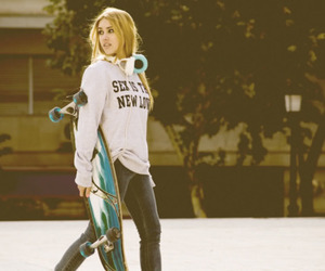 longboard and photography image