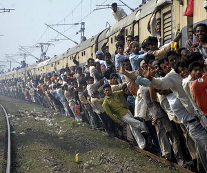 india and train image