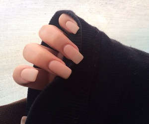 amazing and matte nails image