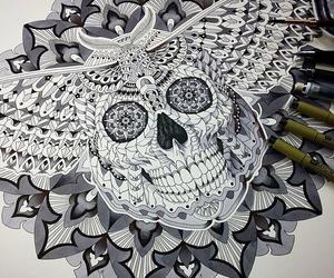 black, doodle, and skull image