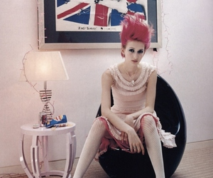 girl, Great Britain, and pink hair image