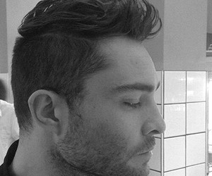 actor, ed westwick, and haircut image