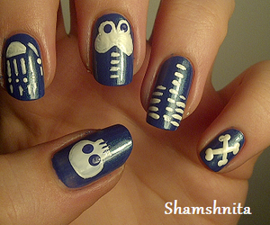 bones, Halloween, and nail art image
