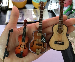 guitar, instruments, and violon image