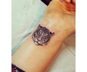 tattoo and tigre image