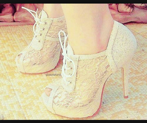 fashion, lace, and shoes image