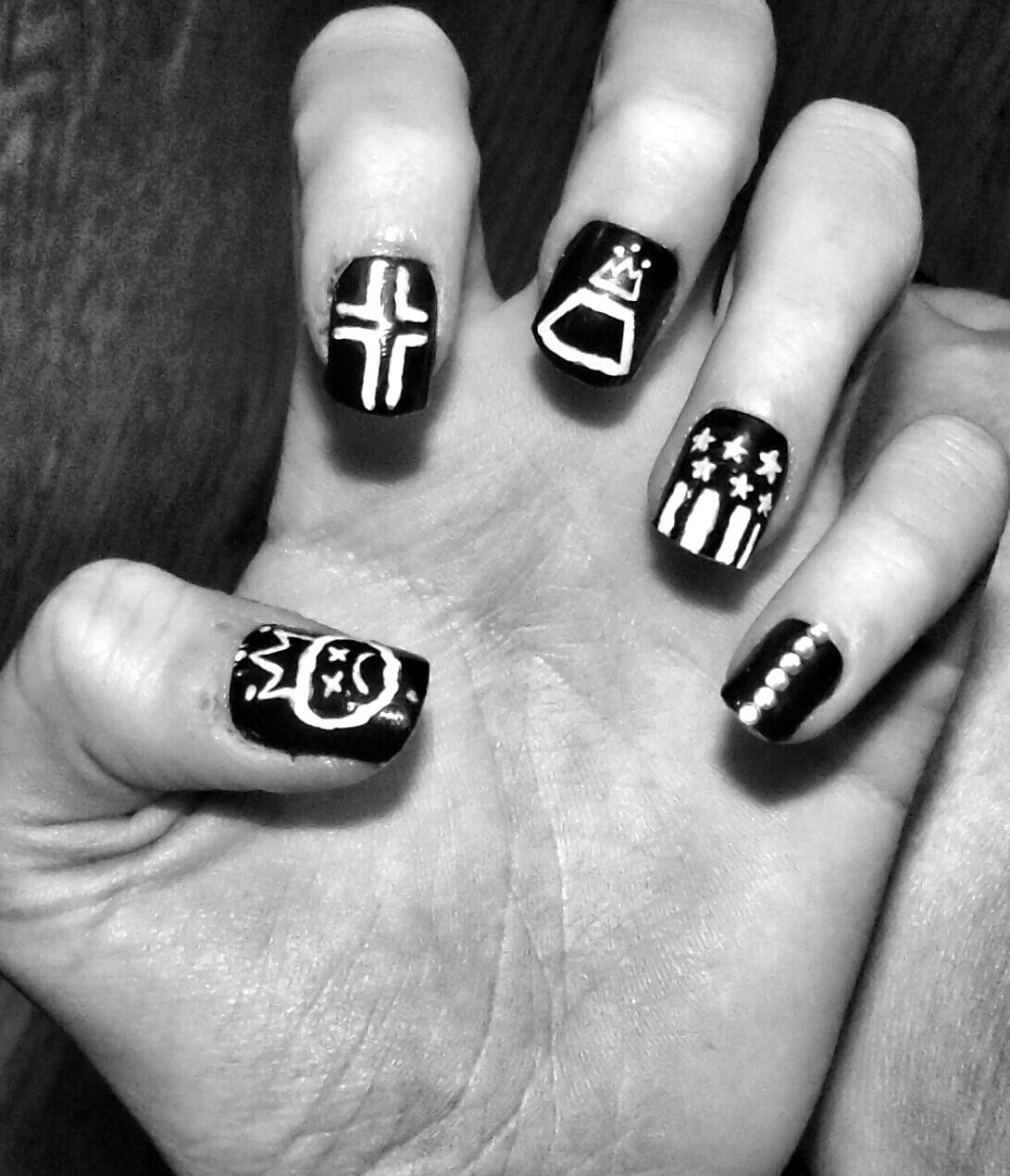 Fall Out Boy nail art on We Heart It