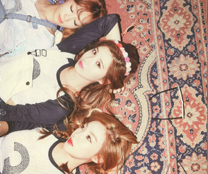 official, scans, and snsd image