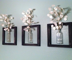 old picture frames, picture frames crafts, and picture frames home decor image