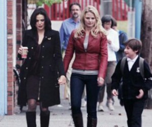 once upon a time, emma swan, and swan queen image