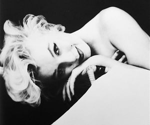 black and white, Marilyn Monroe, and women image