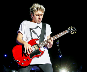 niall horan, one direction, and otra image