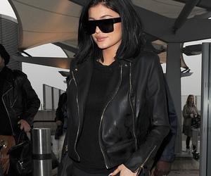 big lips, lips, and kylie jenner style image