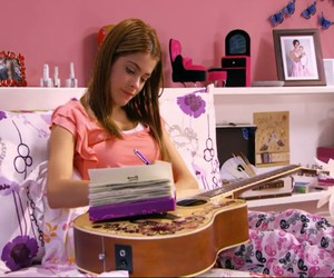 diary, martina stoessel, and violetta image