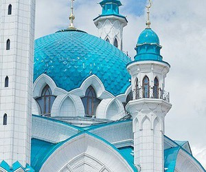 mosque and russia image