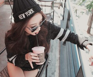black, girly, and clothes image