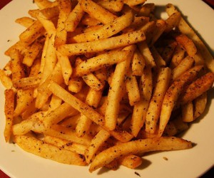 food, fries, and yimmy image