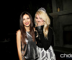 victoria justice and debby ryan image