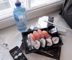 sushi, grunge, and pale image