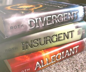 books, fourtris, and four image