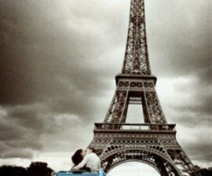 paris and tower eiffel image