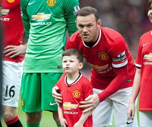 father, son, and wazza image
