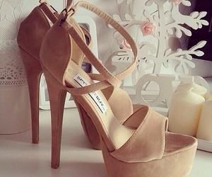 talons, beige, and glass image