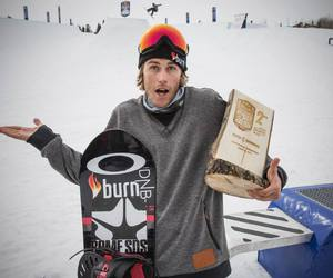 snowboard, ståle sandbech, and double pipe image