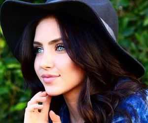 actress, beautiful, and blue eyes image
