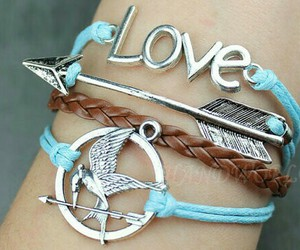 love, bracelet, and arrow image