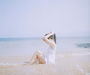 girl, beach, and pale image