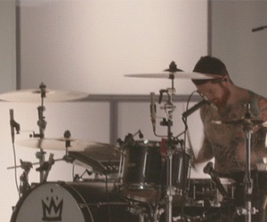 drummer, fall out boy, and andy hurley image