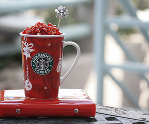 starbuck, coffee, and strawberry image