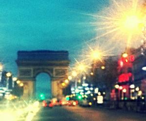 arc de triomphe, city, and life image